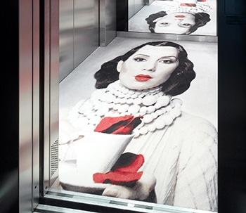 Egetæpper i elevator