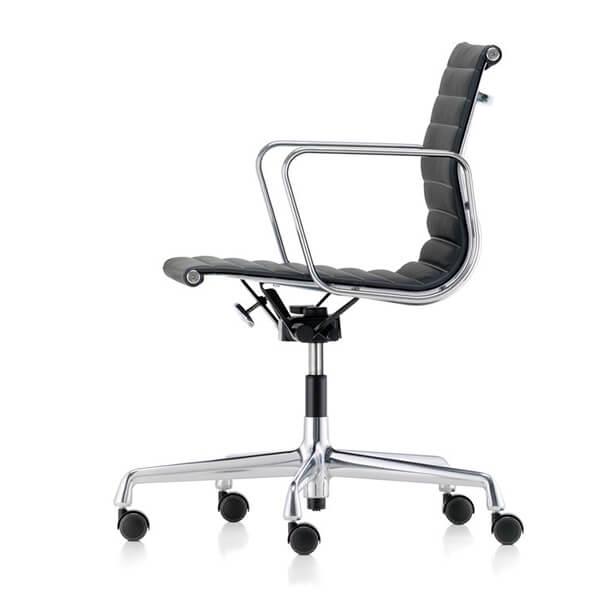Vitra_Aluminium Chair EA 117_600x600